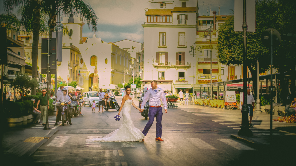 Bride and Groom, Sorrento square, wedding photographer-Wes Simpson