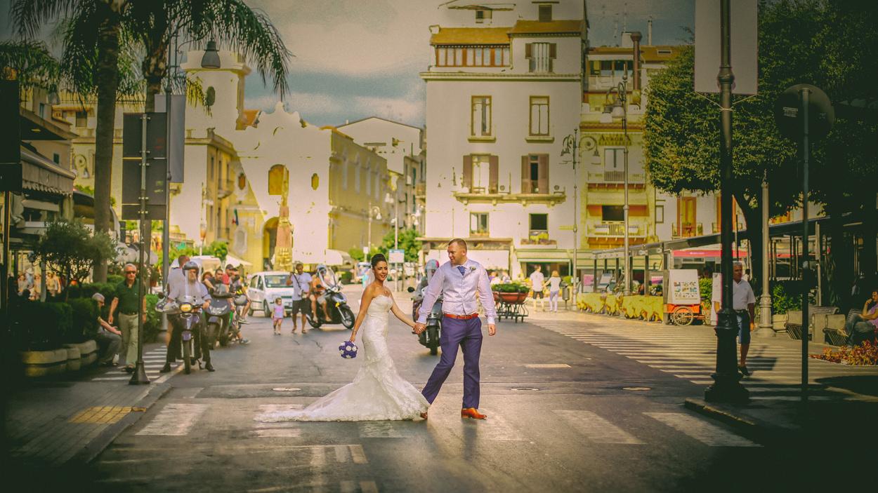 Bride and Groom, Sorrento square, wedding photographer-Wes Simpson