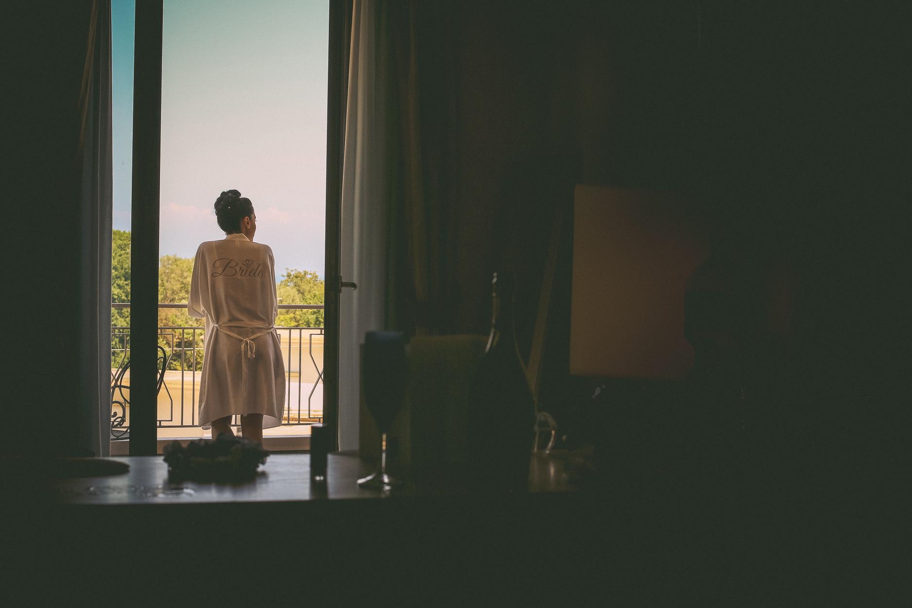 English-Wedding-Photographer-Sorrento- Rivage-Hotel-Pridal-Preparations-Pronovias-Wedding-Dress-12