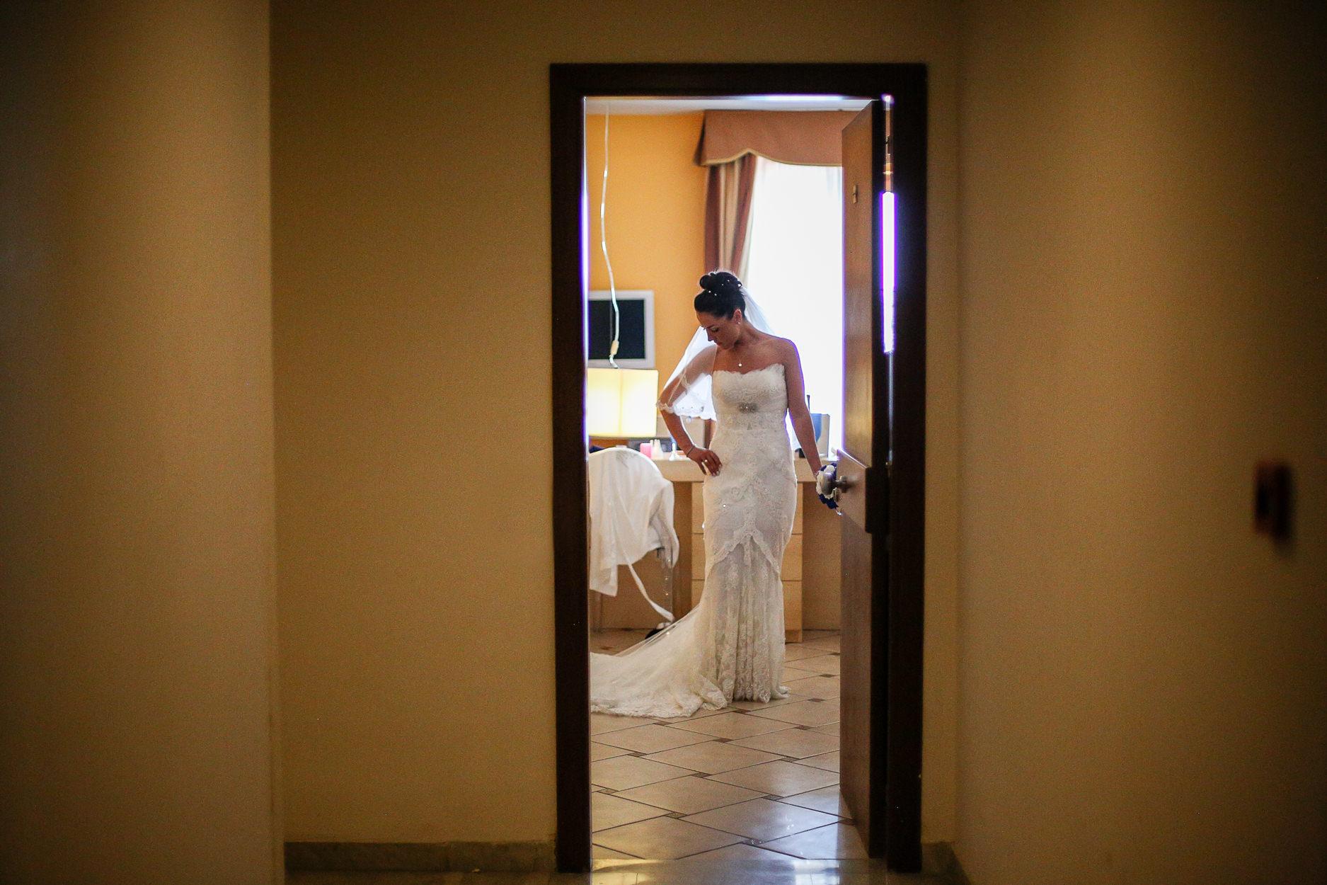 English-Wedding-Photographer-Sorrento- Rivage-Hotel-Pridal-Preparations-Pronovias-Wedding-Dress-17