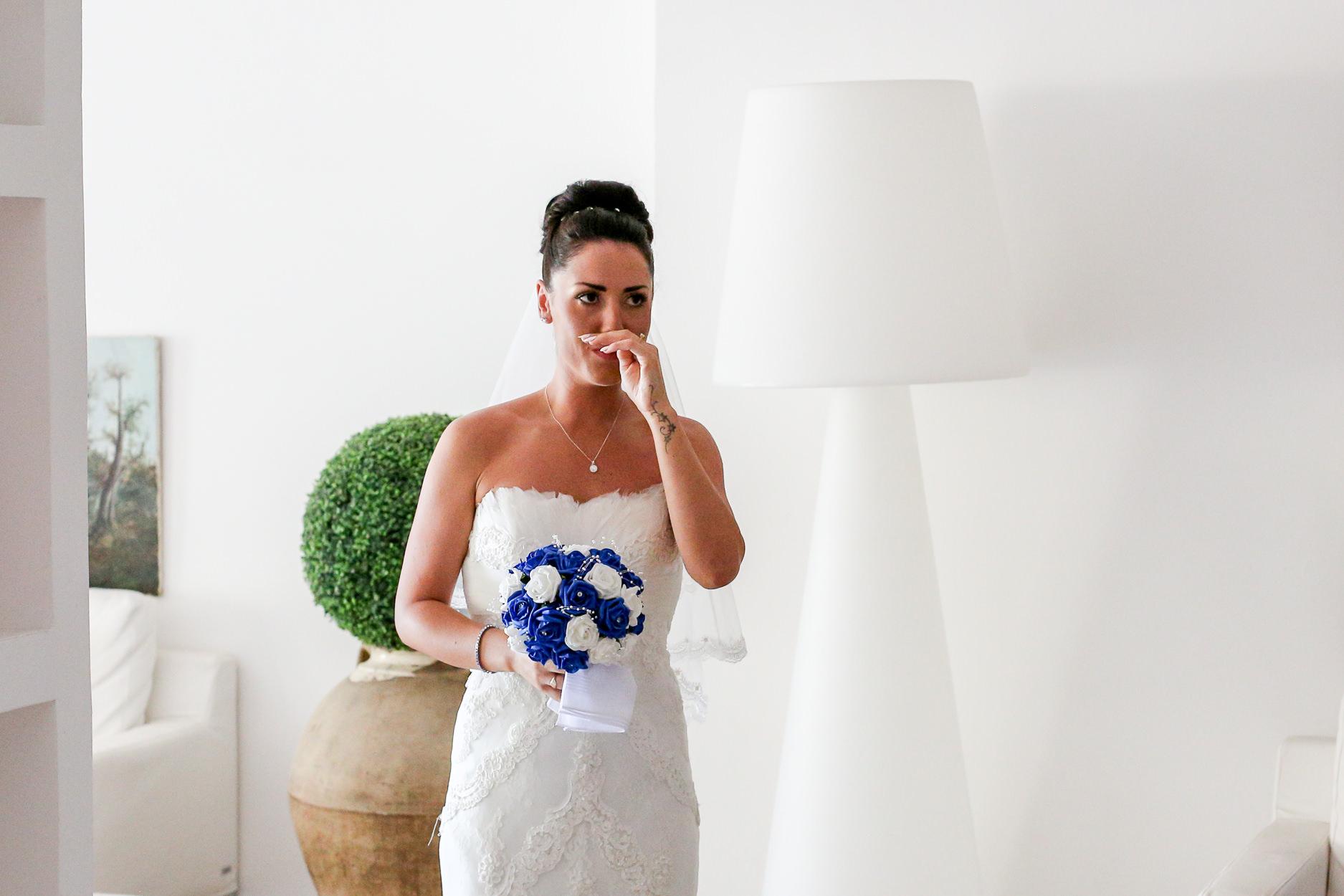 English-Wedding-Photographer-Sorrento- Rivage-Hotel-Pridal-Preparations-Pronovias-Wedding-Dress-20