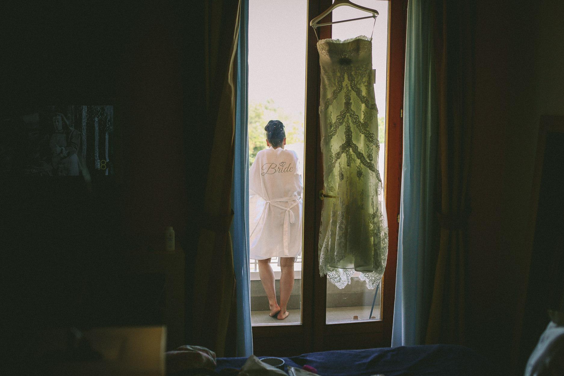 English-Wedding-Photographer-Sorrento- Rivage-Hotel-Pridal-Preparations-Pronovias-Wedding-Dress-7