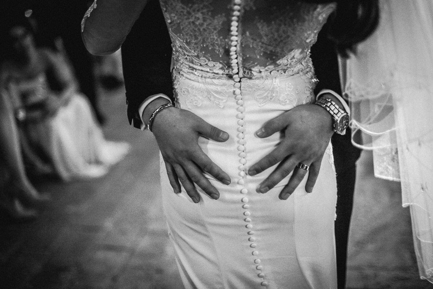 black and white photo of first dance Fattoria la loggia Tuscany wedding photography