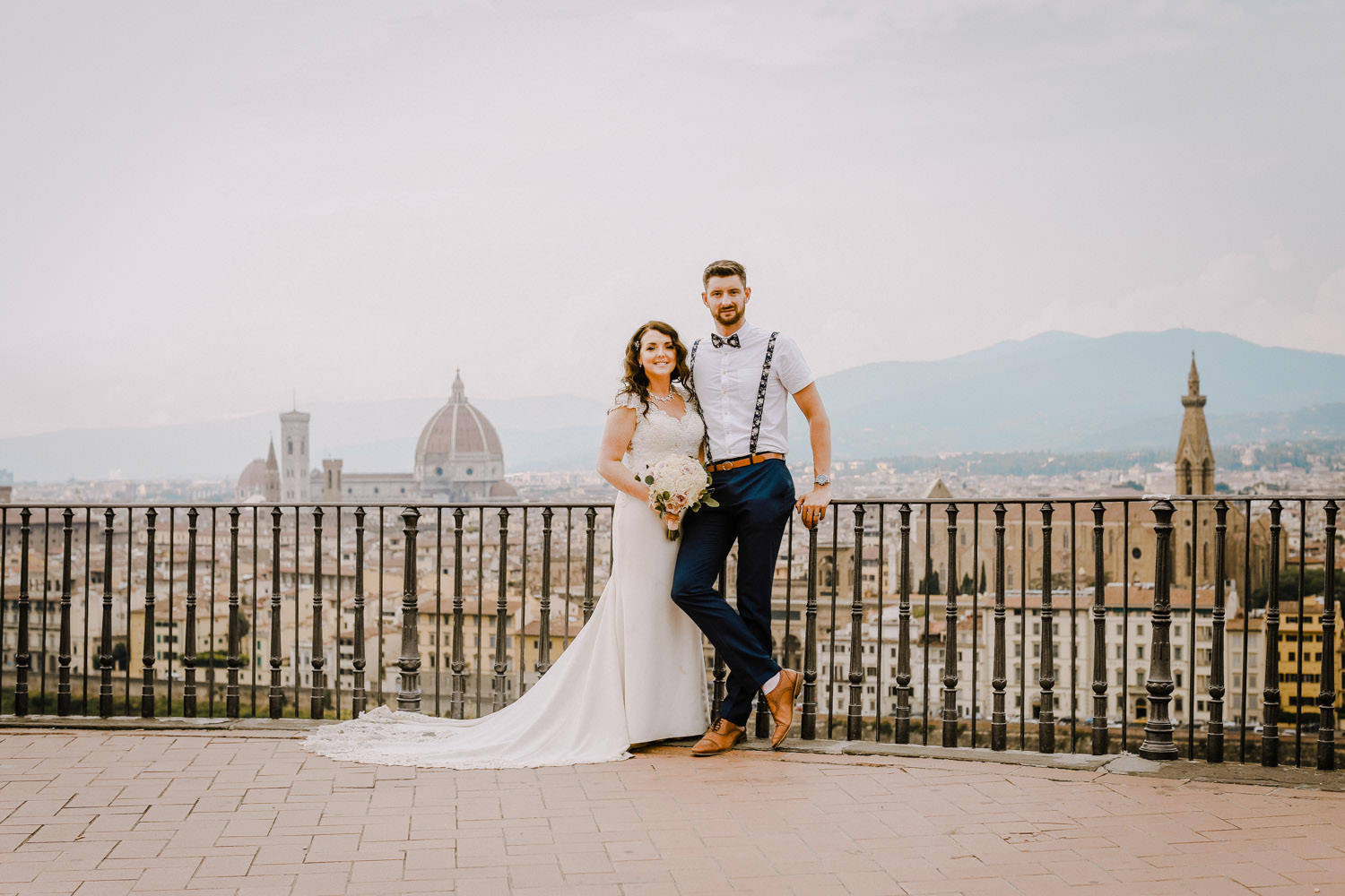 wedding couple with view of Duomo Basilica Florence