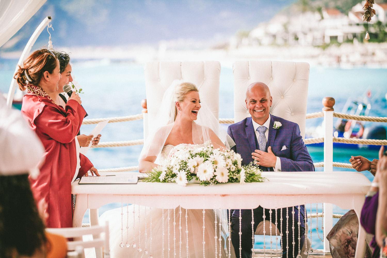 outside ceremony wedding photography at Liberty Hotels Lykia