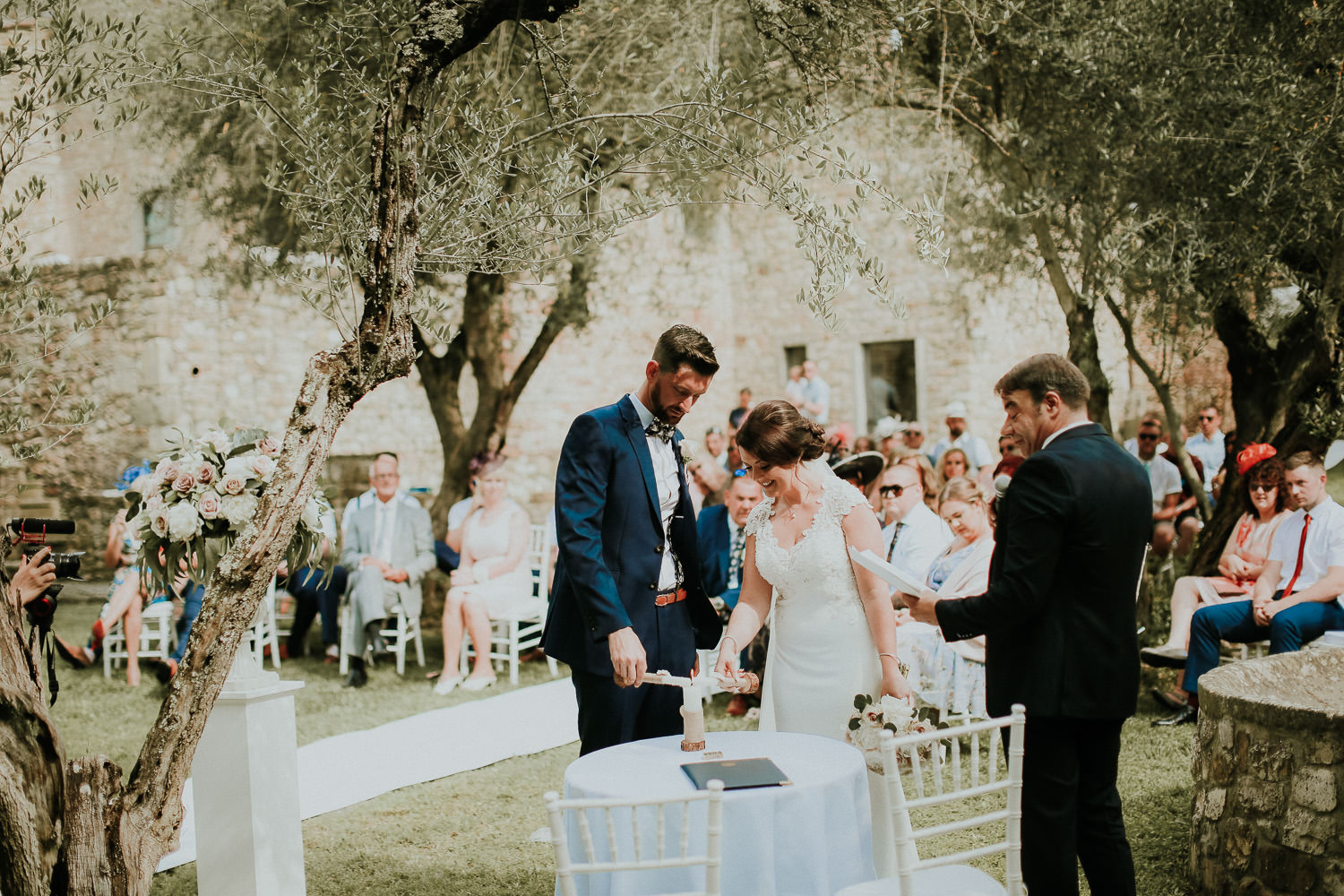 RUSTIC CASTLE WEDDING IN TUSCANY AT CASTELLO DI BIBBIONE