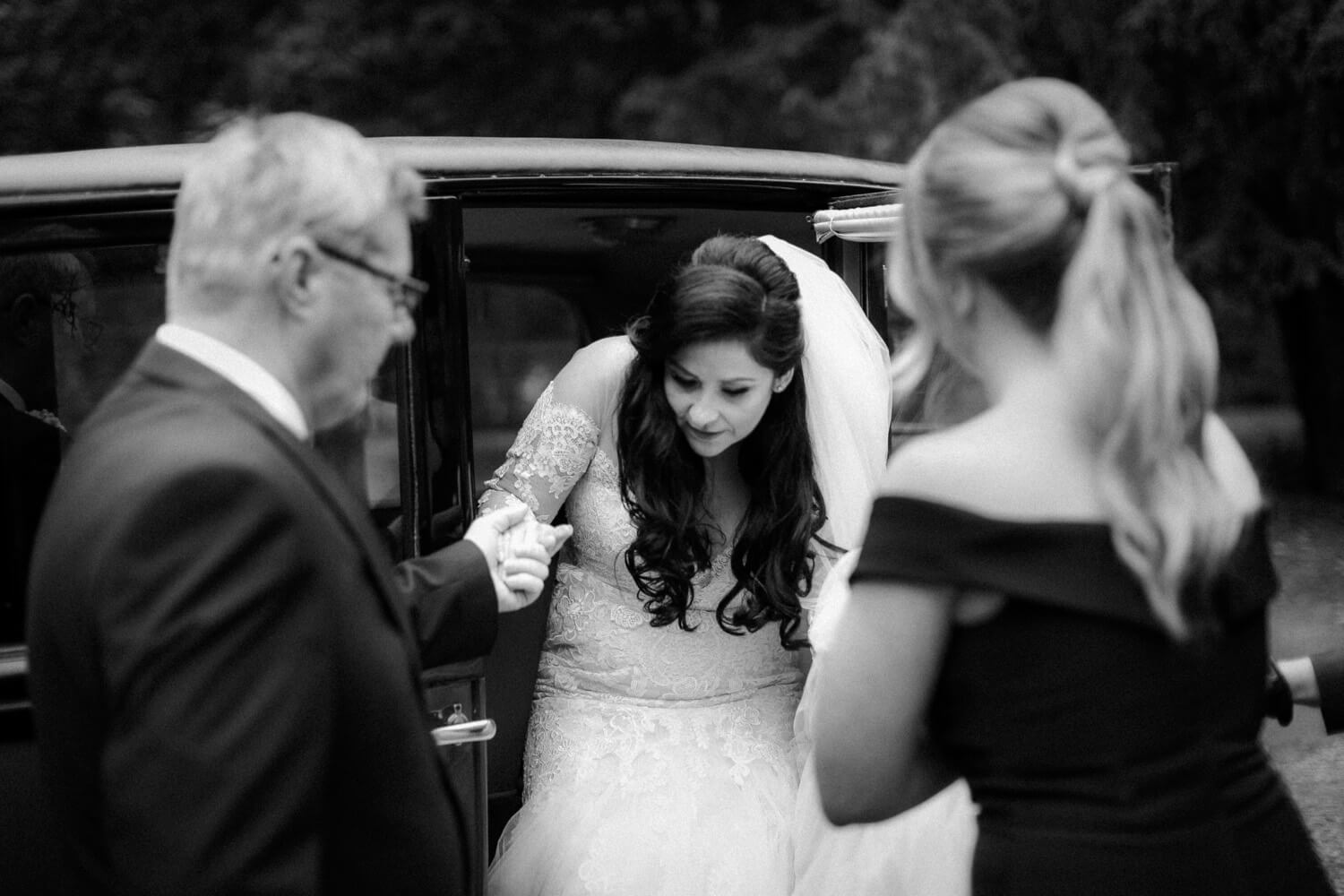 COMBERMERE ABBEY WEDDING PHOTOGRAPHY: CHIC CHESHIRE WEDDING | Combermere Abbey | combermere abbey