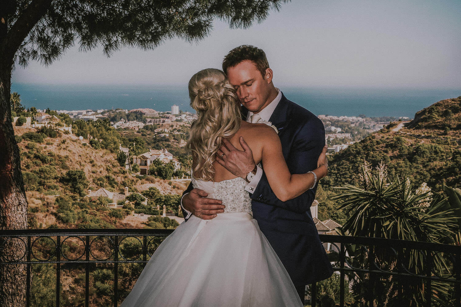 50 Most memorable celebrity weddings of the decade. Russell Watson Hello magazine wedding photography
