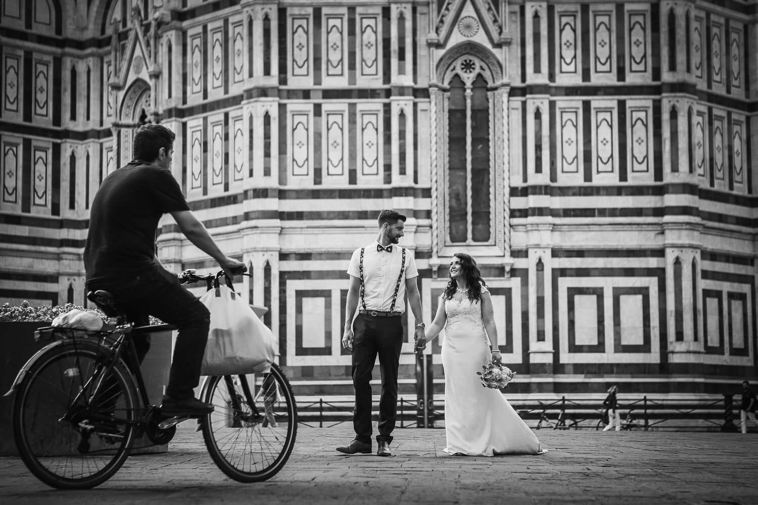 Amazing wedding destinations in Europe Bride and groom in Florence