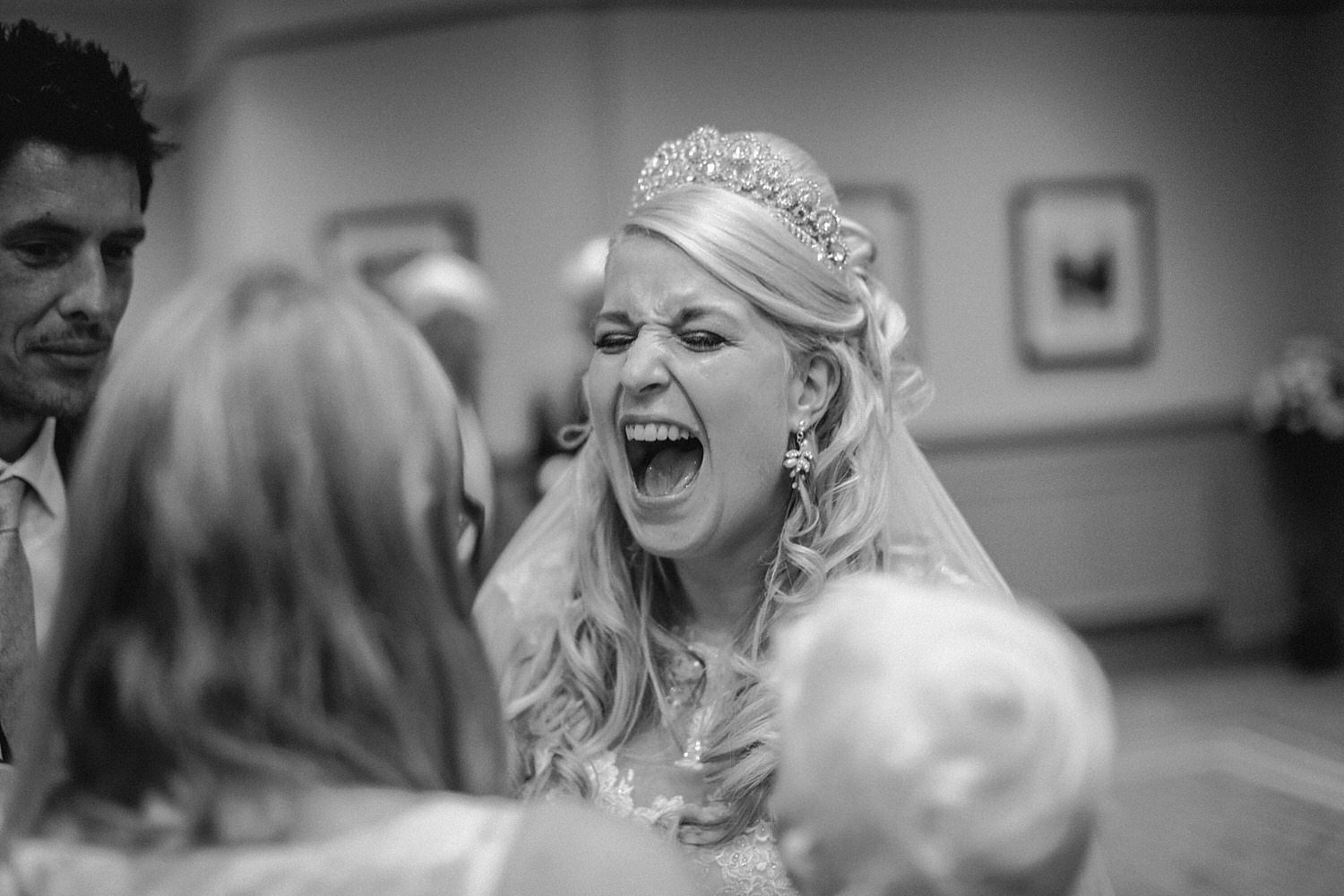 MACDONALD KILHEY COURT QUIRKY VINTAGE WEDDING PHOTOGRAPHY